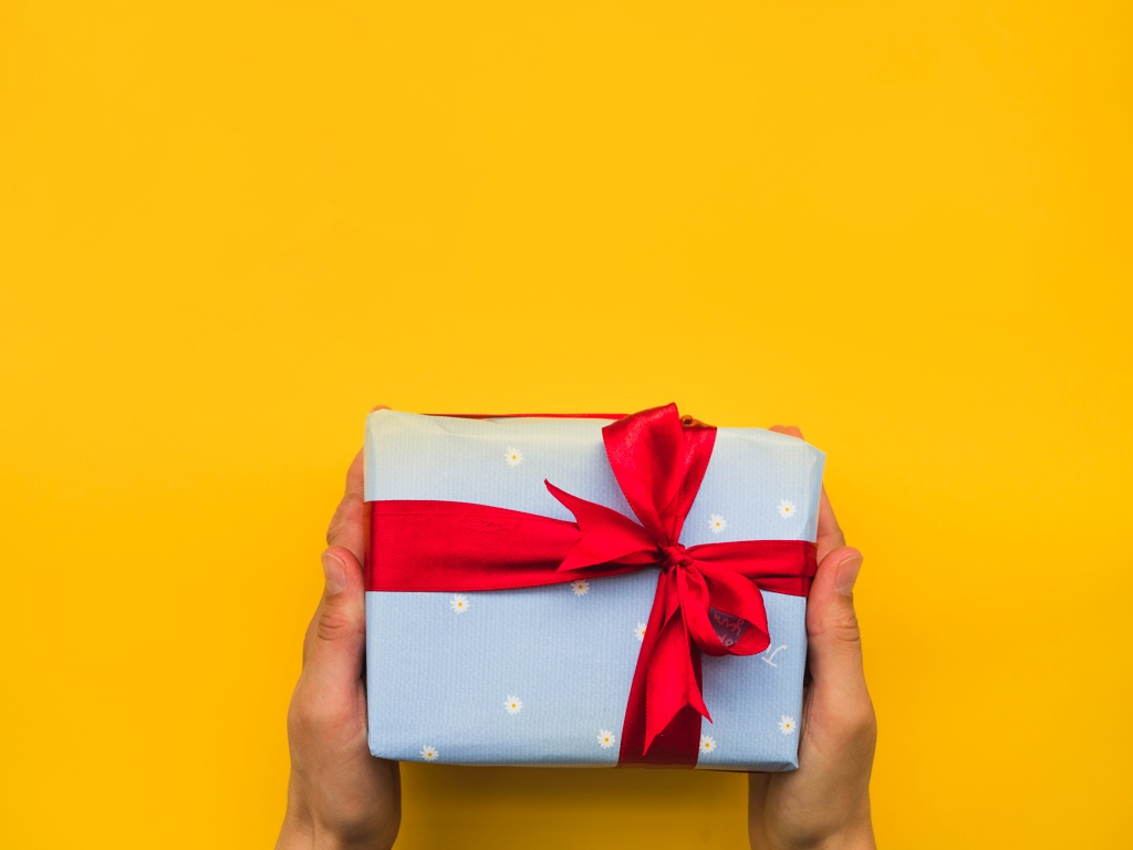 Heartfelt Birthday Gifts for your Life Partner This Year