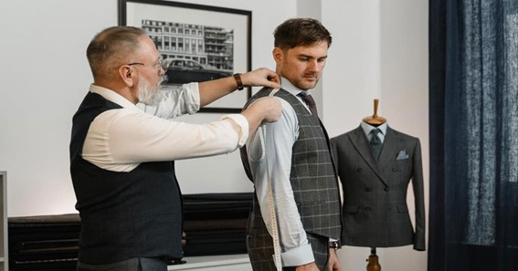Do You What Is The Job Of A Professional Clothier